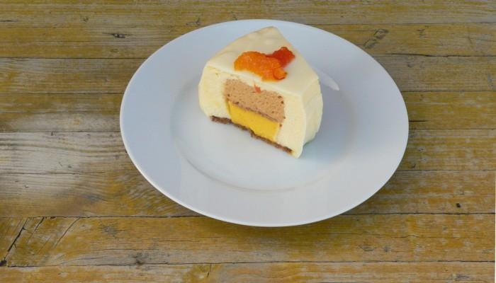 Pastís de taronja amb safrà i confitura de llet 4