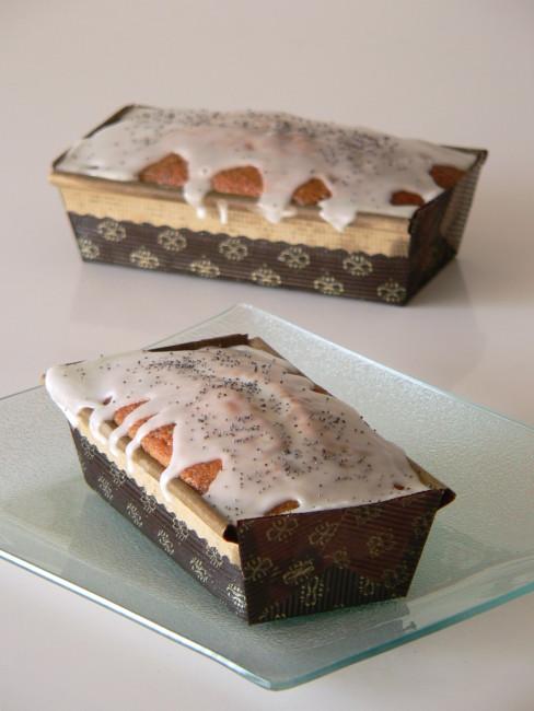 Cake de llimona i llavors de rosella 1