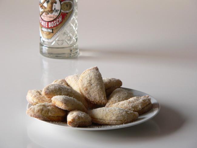 Pastissets de «cabell d'àngel» de cogombre i llima
